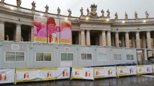 Ambulatorios instalados en el Vaticano en la Jornada del Pobre © Vatican Media