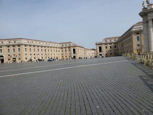 Plaza De San Pedro vacía, 10 marzo 2020 © zenit/Deborah Castellano Lubov