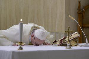 Messe du 14 avril 2020 à Sainte-Marthe © Vatican Media