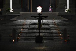 Chemin de croix, Vendredi Saint, 10 avr. 2020 © Vatican Media